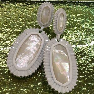 KENDRA SCOTT  Kaki earrings
